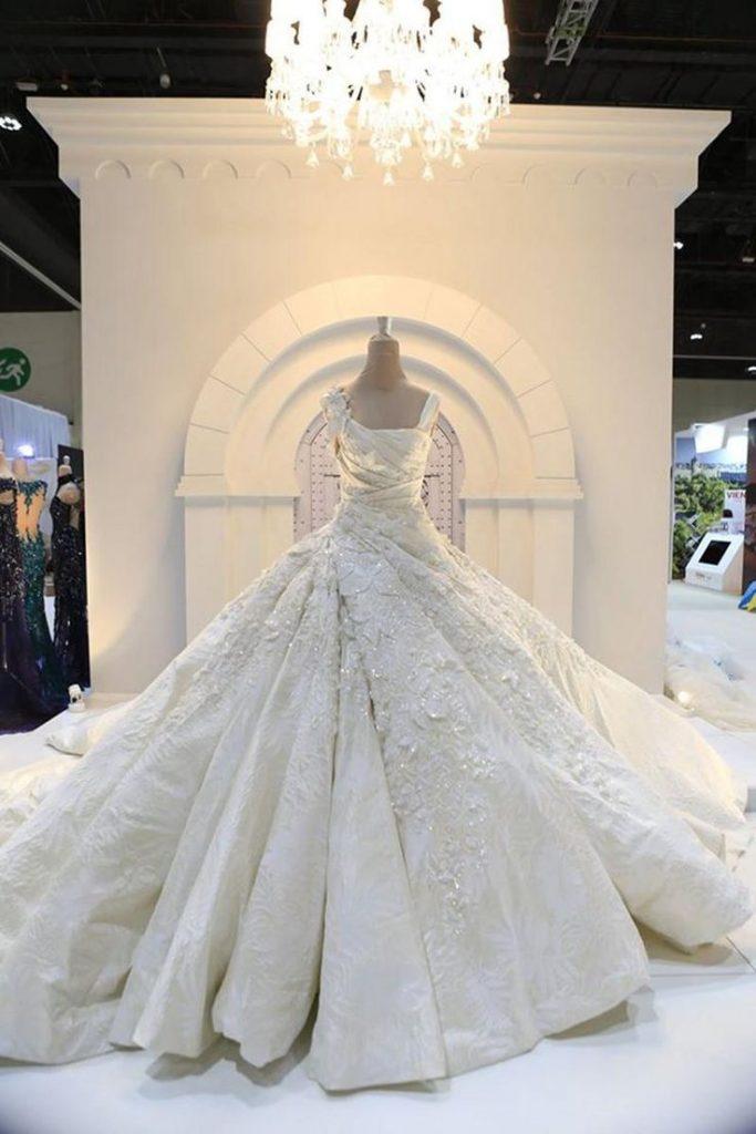Elli Saab Wedding Gowns 008 - Elli Saab Wedding Gowns