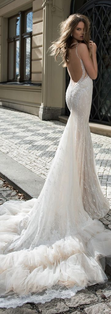 les plus belles robes de mari e 199 photos de robes de. Black Bedroom Furniture Sets. Home Design Ideas