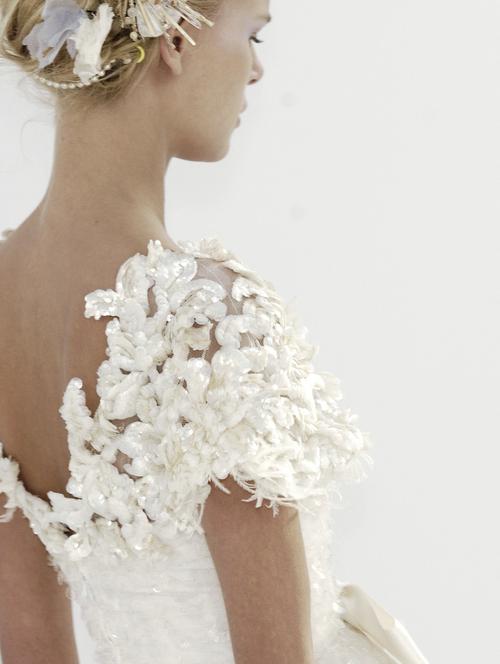 Plus jolie robe pour mariage 27 photos de robes de mari es for Jolie robe pour un mariage