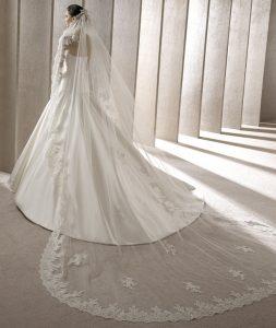 belle robe de mariée pour fare battre son coeur vu dans le 01