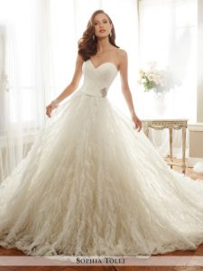 belle robe de qualité pour mariée satisfaite du 08