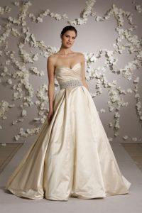 soyez la princesse dans le 09avec cette robe pour mariée