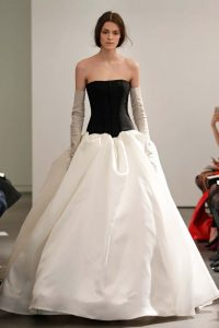 soyez la princesse dans le 23avec cette robe pour mariée