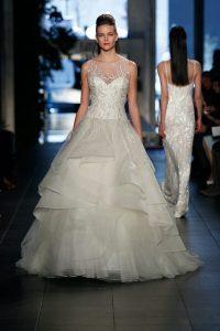 Jolie robe tendance pour mariage 44
