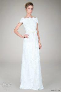21 façons de porter une robe de mariage à col bateau
