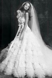 Robe féminine de mariée 62