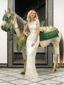 Robe féminine de mariée 66