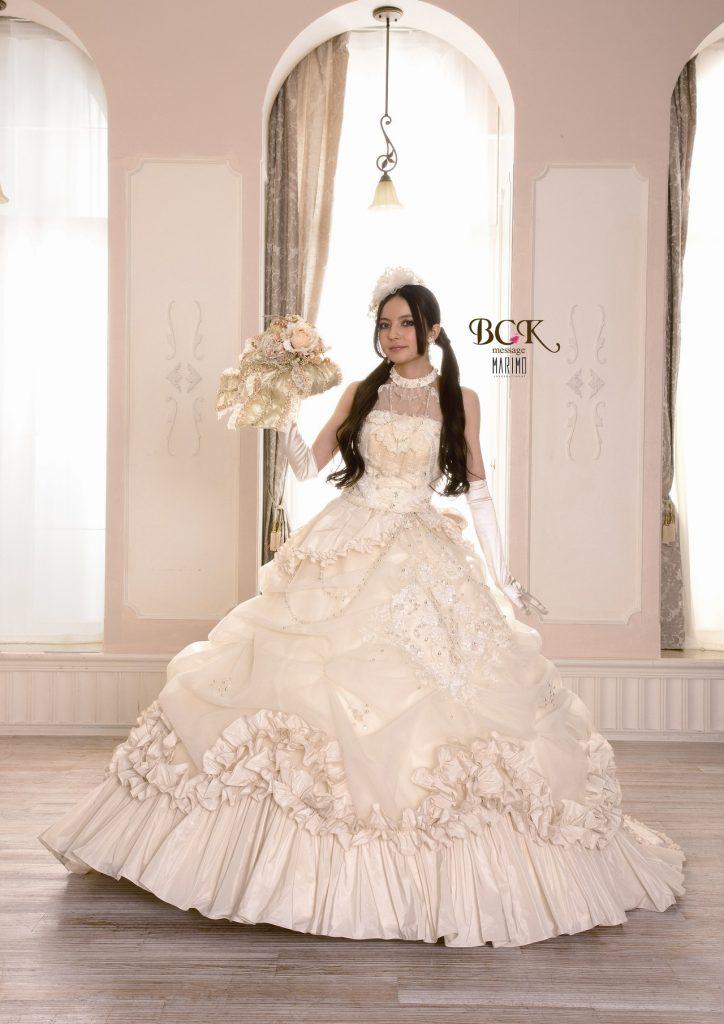 top qualit robe pour mariage 2018 idee 39 photos de robes de mari es. Black Bedroom Furniture Sets. Home Design Ideas