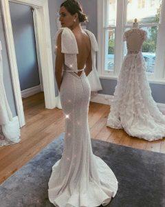 col bateau robe mariée